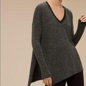 Aritzia   Wilfred long sleeve shirt/ sweater